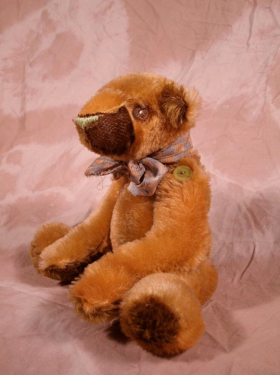 Pumpkin, a sweet, button jointed mohair bear, one of a kind for collectors