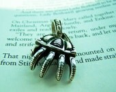 Claw silver pendant for men