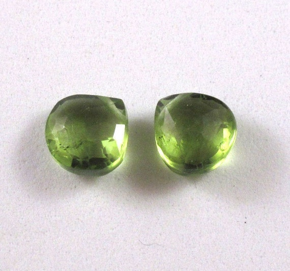 Bright Green Peridot -  Matched Pair - 7x7mmHeart Shaped Briolettes - (PT-Pe1)