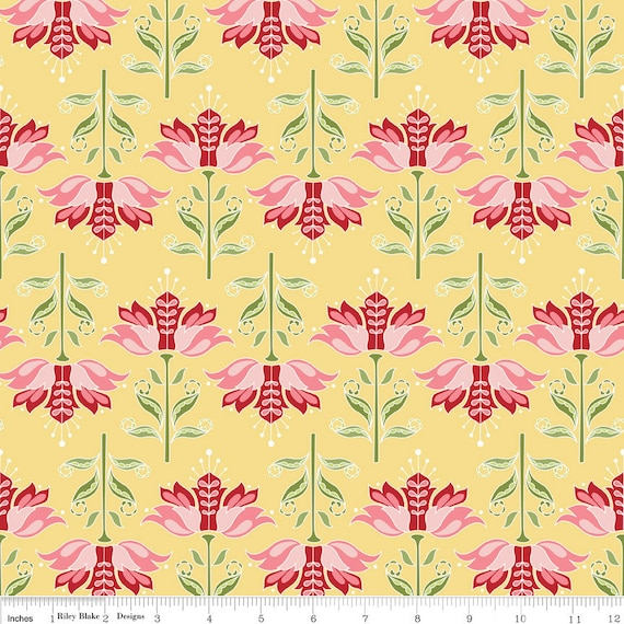 Riley Blake, Apple of my Eye by The Quilted Fish, Apple FLORAL Yellow