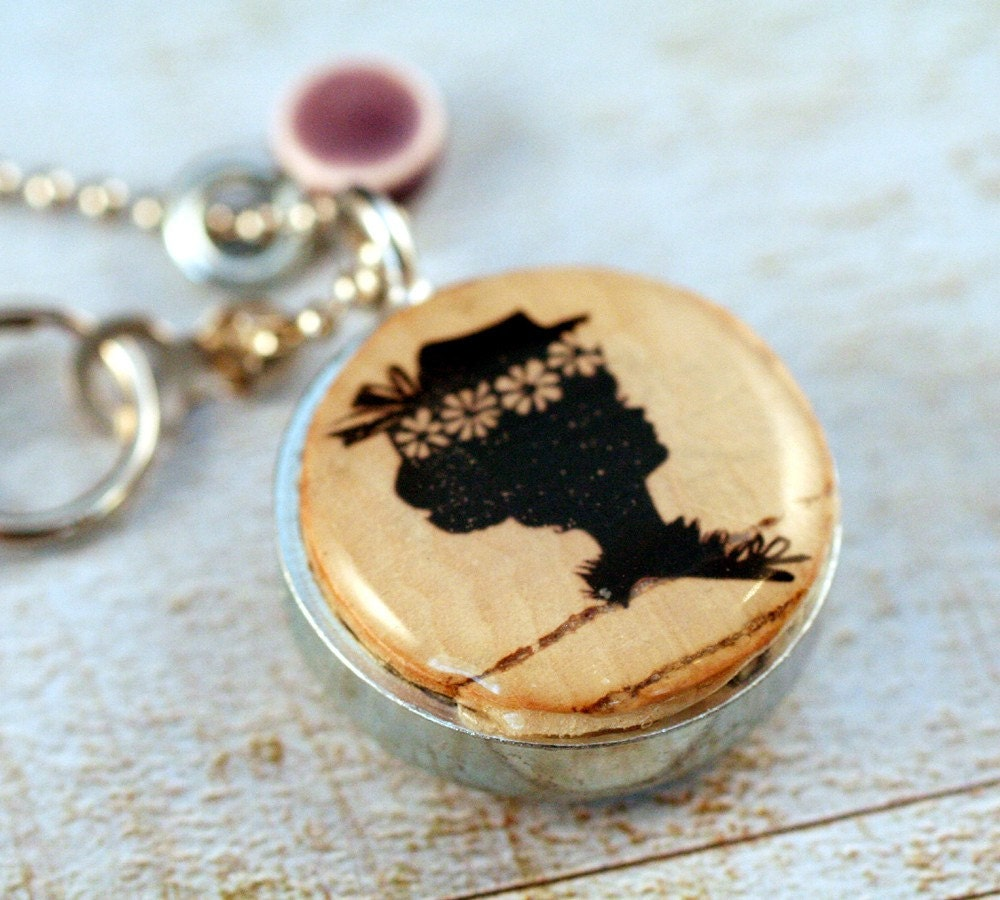 Cork Jewelry: Vintage BONNET Wine Cork Jewelry Recycled Necklace