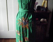 VIntage 1960s Kelly Green Cocktail DRESS with embroidered floral skirt