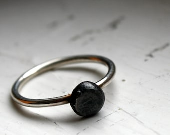 Sterling Silver Pebble Solitaire Ring