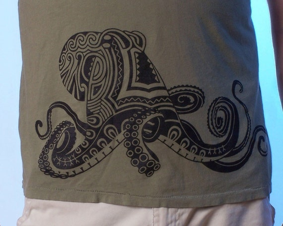 Tattoo Octopus T-shirt - Men's Tee Shirt - Tattoo Shirt - Men's Octopus Tee - Screen Print - Men's gift - Polynesian Art