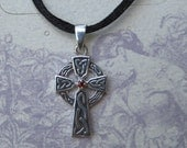 Garnet Sterling Silver ... Celtic Cross ..............             e 252