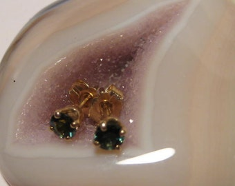 Faceted Green  Sapphires ..........Post Earrings ... 14 kt yellow gold.....       E199