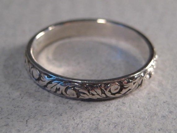 New Leaf ... Sterling Silver ... Ring