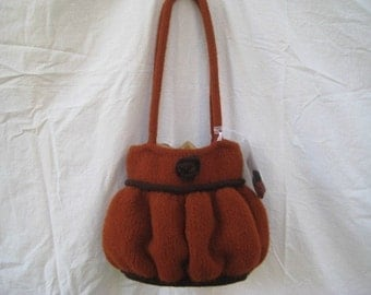 Knit Felted Bag AND Flower Pattern PDF - Kiwi and Company's Pleated Ruffle Bag - Easy-Intermediate