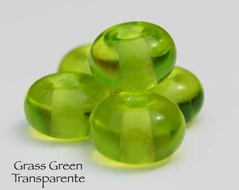 Grass Green, 25 round handmade glass beads, transparente green spacer by Beadfairy Lampwork, SRA