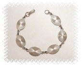 Bracelet Blanks - 5 Silver Tone Large Oval Glue On Pad Bracelet Blanks, Perfect for Glass, Buttons, Cabs and More