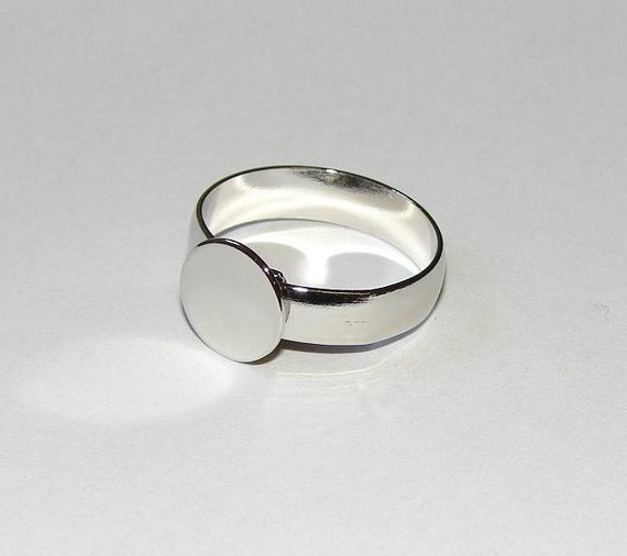 Ring Blanks - 10 NICKEL FREE Med-Large Size Style 3 Silver Tone Adjustable Ring Blanks --With 10mm Glue Pad