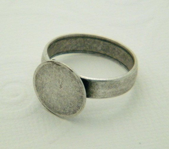 Ring Blanks - 10 Med-Large Size Nickel Free Antiqued Silver Ox PLAIN Style 3 Glue On Pad Adjustable Ring Blanks