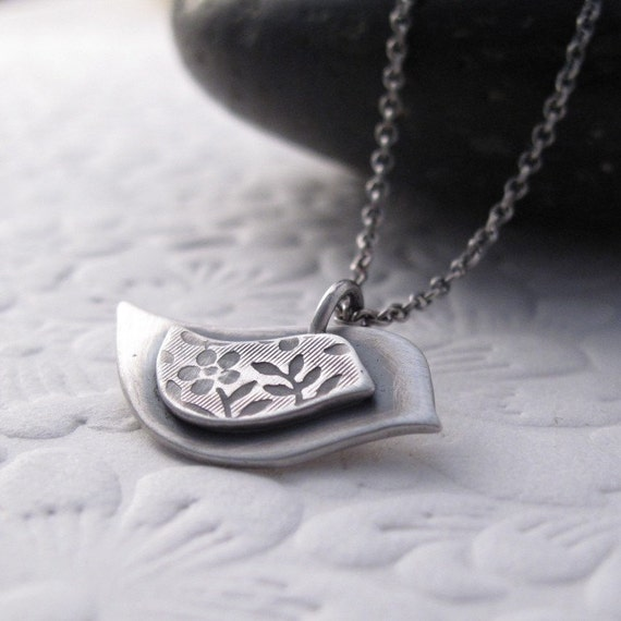 Personalized Mama Bird and her Little One Necklace