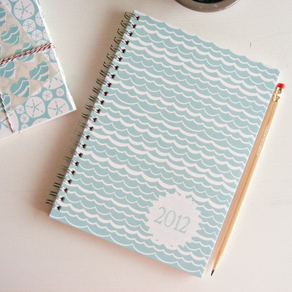 2012 weekly planner - waves cover