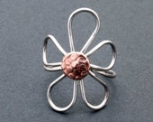 Sterling Silver Daisy Ring with Copper Pollen Cap