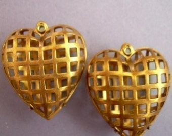 2 Cage Setting Heart - Vintage Dark Brass - Rare