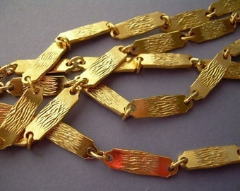 2 FT Vintage Gold Bar Link Chain with Abstract Design