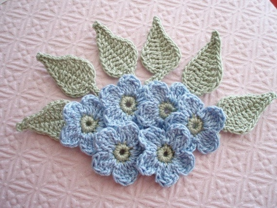 Crochet Embellishment Applique - Set of 12 - 6 Flowers Blue Petals with Green Centers and 6 leaves