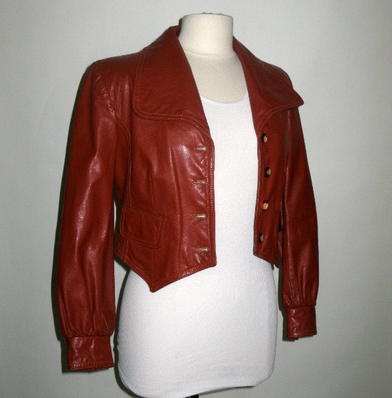 Brown Leather Jacket / 70s Vintage / Cropped Made in Uruguay