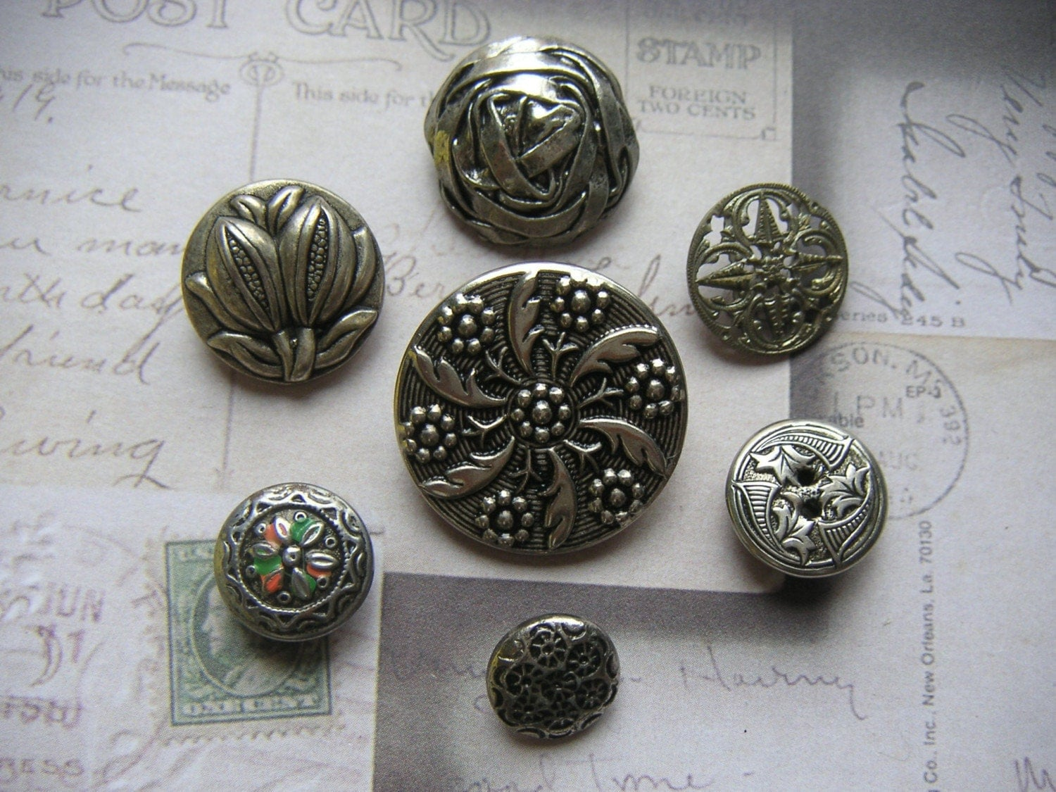 Decorative vintage silver metal shank buttons for Buttons with shanks for jewelry