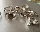 Adjustable Silver Toned Ring Blanks with 10mm Gluing Pads 10 Pcs