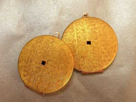 Vintage Round 38mm Patterned Raw Brass Lockets with Bottom Hinge 2 Pcs