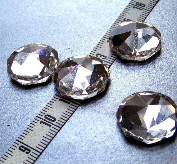 Sparkling vintage glass crystal - four - 18mm