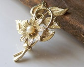 REDUCED Vintage Flower and Vine Brooch with Faux Pearl, Brooch, Vintage, Etsy Jewelry, Jewelry, GIft, Costume Jewelry