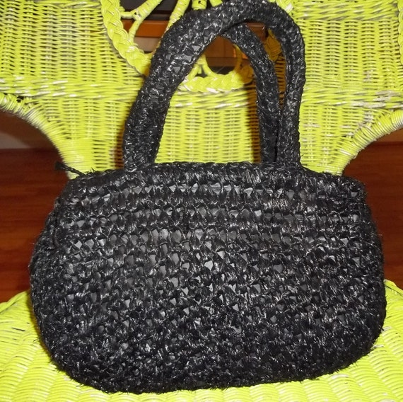 LOVELY and CHIC Vintage Black Woven Straw Bag Purse