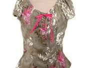 Beautiful Peasant Blouse in Olive with Fuchsia Accents