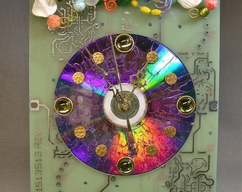 Recycled CIRCUIT BOARD Techie Geek CLOCK Flower Garden Vintage Beads