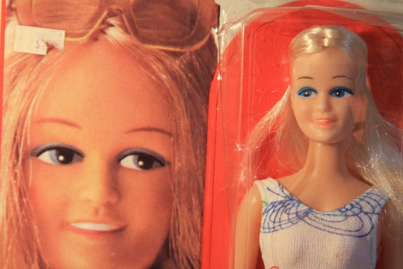 Vintage Mini Mod Fashion Doll - Retro 70s