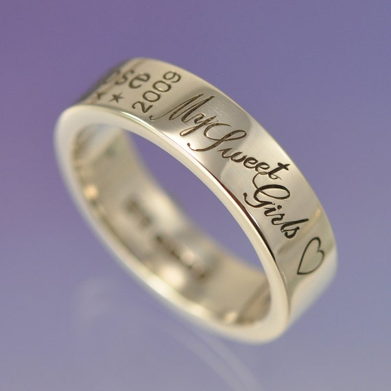 Memorial Ring. Custom words for you to treasure. Silver