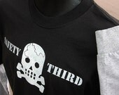 Skully SAFETY THIRD Mens Long sleeve tshirt - contrast sleeves black & gray  MEDIUM only safety 3rd shirt  cracked skull EtsyBRC