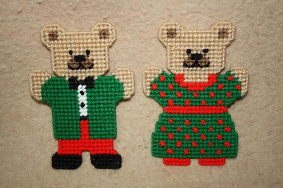 542 December bear magnets