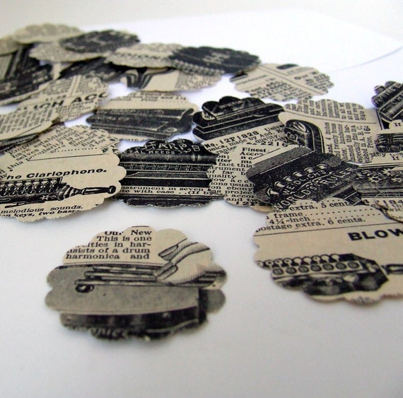 Bohemian Musical Instruments 30 scalloped envelope seals