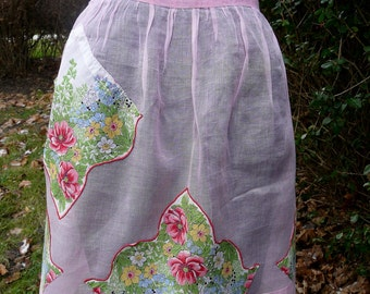 SALE //  Vintage pink cotton floral handkerchief applique half apron