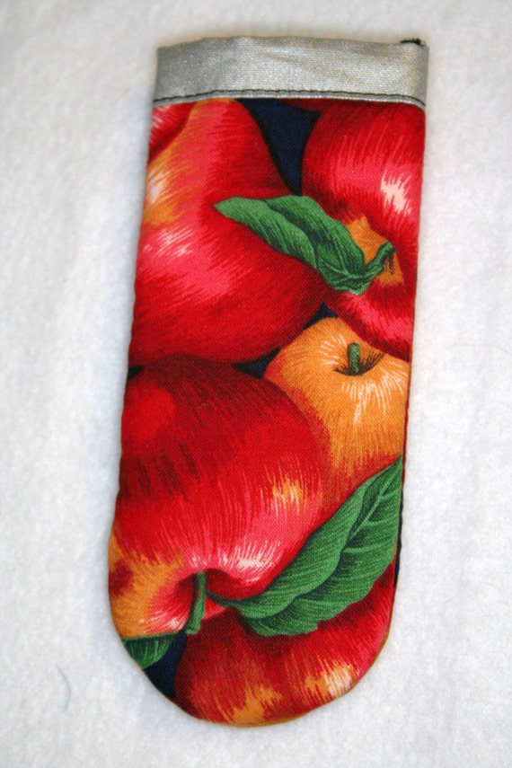 Cast Iron Handle Cover Whole Apples with Leaves