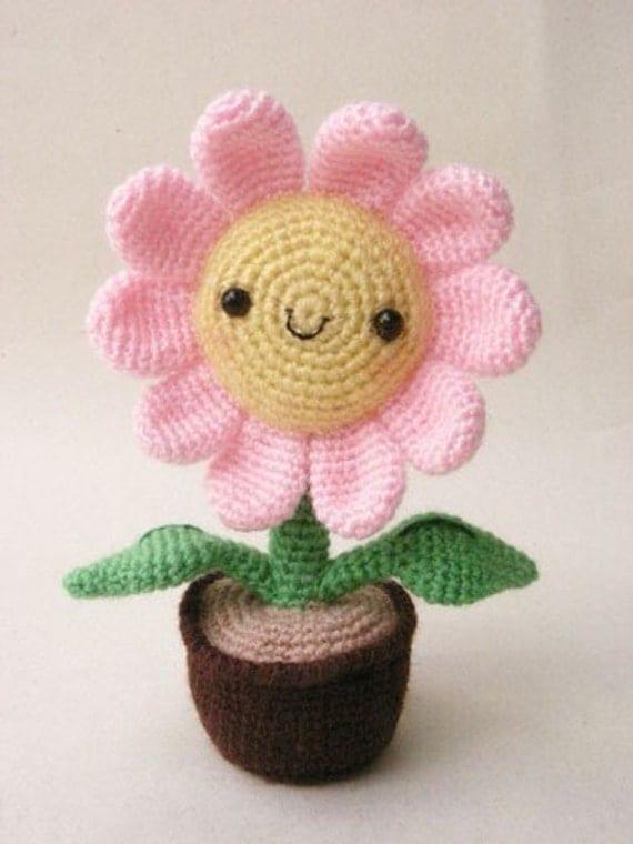 Crochet Amigurumi Flowers : Pink Sun Flower PDF crochet pattern