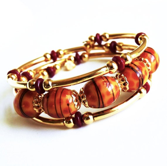 Lampworked Glass, Memory Wire, Gold Bracelet