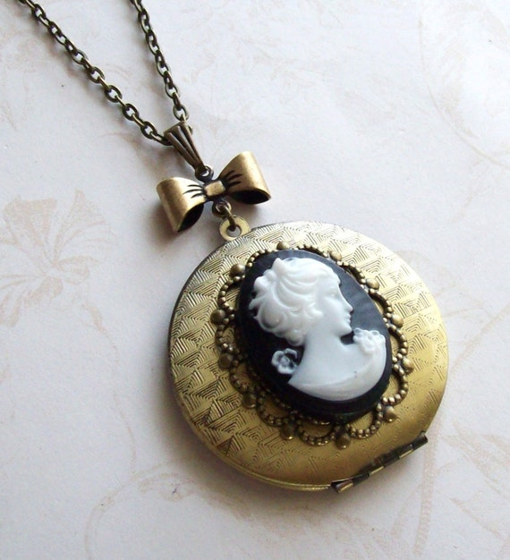 Sale- Locket Necklace- Black and White Cameo- Free Shipping