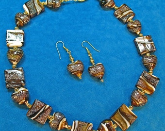 SET Glass Chocolate Caramel Colored Hearts and Squares Art Glass Beaded Necklace and Earrings Set