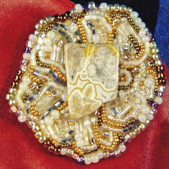 Cream Laced Agate Free Style Hand Bead Embroidered Brooch