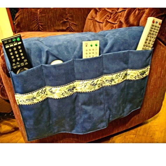 Customizeable Remote Control Holster 5 Pockets For Recliner