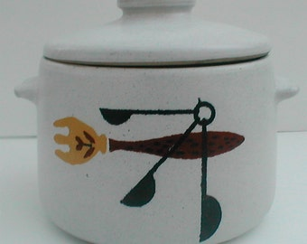 Westbend Ceramic Oven Crock - Vintage 1950's Retro Beauty
