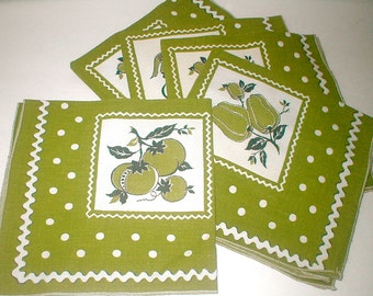Yummy Cloth Napkin Set  of Five - Vintage 50s Kitchen Cotton Cuties Luncheon Size
