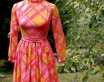 Pink Plaid Shirtwaist Dress - Sadie Hawkins Dance - Vintage 1967
