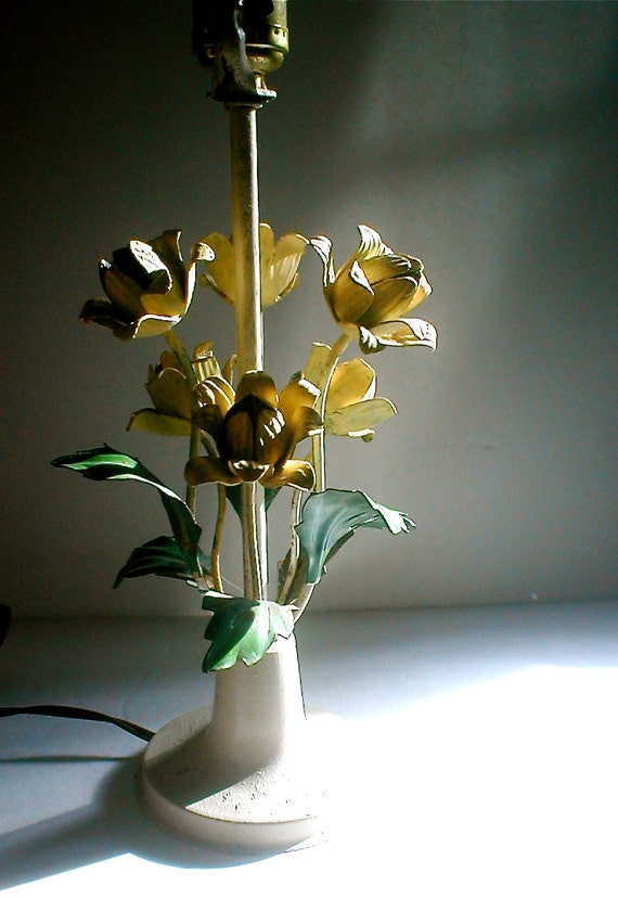 Reserved For W ----Vintage 60s Metal Tole Flower Lamp - Yellow Cheer Sunroom
