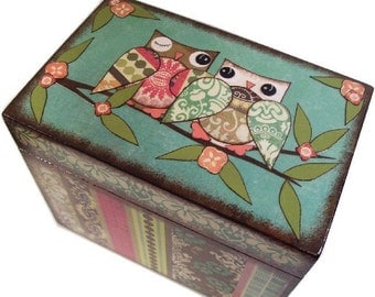 Recipe Box, Wood Recipe Box, Decoupaged Recipe Box, Bird Owl Box, Wedding Recipe Box, Bridal Shower Box, Holds 4x6 Cards, MADE TO ORDER