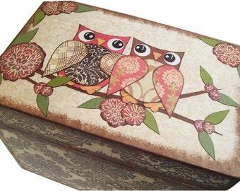 Recipe Box Large Decoupaged Holds 4x6 Recipe Cards, Kitchen Storage Organization Wedding Card Box Owls MADE TO ORDER